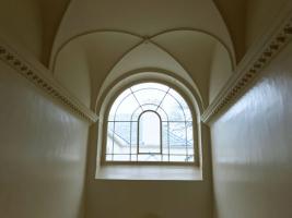 Greenway-Agatha-Christie-main-staircase-int-redec-14